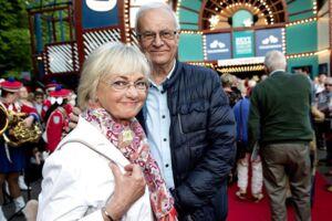 Pia Kjærsgaard og ægtemanden Henrik Thorup til premieren på Cirkusrevyen.