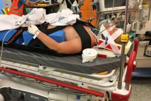 Mikkel Haarup Wind blev hastet til Herlev Hospital efter sit styrt fra studentervognen. Storesøster Sara har givet til kende over for BT, at Mikkel Haarup Wind er indforstået med at medvirke i artiklen med ovenstående billede. Privatfoto