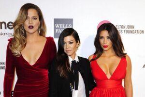 De tre Kardashian-søstre. Fra venstre til højre er det Khloe, Kourtney og Kim.