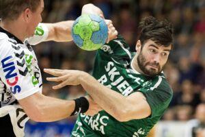 Daniel Svensson, der i sidste måned måtte opgive sin professionelle håndboldkarriere, har i stedet sagt ja til at være med i Vild med dans.