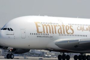 Det var et fly af typen Airbus A380, der er verdens største passagerfly, fra Emirates, der var på kollisionskurs med et andet rutefly. Arkivfoto