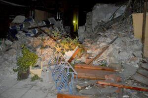 Billedet her er fra jordskælvet i Grækenland natten til fredag.