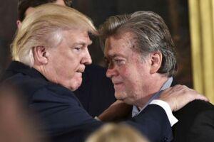Donald Trump har besluttet at fjerne Stephen Bannon fra posten som chefstrateg, skriver The New York Times
