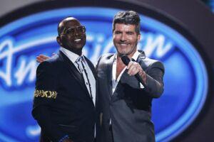 Her dommerne Randy Jackson and Simon Cowell. I talentshowet 'America's got talent' var der knap så god stemning.