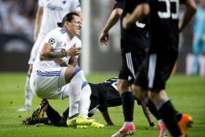 Federico Santander måtte onsdag aften udgå.