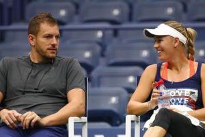 Da Caroline WOzniacki senest var i aktion, skete det i New York ved US Open. Her var David Lee med både på og uden for banen.