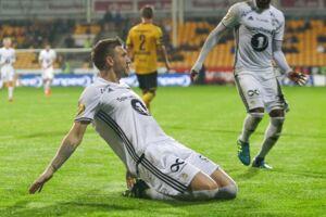 Niklas Bendtner har fundet sig til rette i Eliteserien, hvor han hamrer mål ind som på samlebånd.