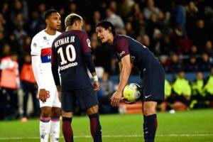 Neymar og Cavani er genstand for stor debat i PSG.