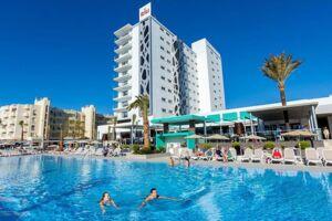 Et britisk ægtepar boede på dette hotel på Costa del Sol i Spanien i august. Det blev dog ikke helt den afslappende ferie, de havde håbet på.