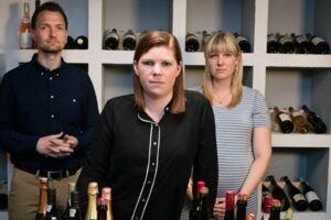 Anette har tilkaldt eksperterne Kenneth Hansen og Jan Swyrtz til at hjælpe hende med sin skrantende økonomi.