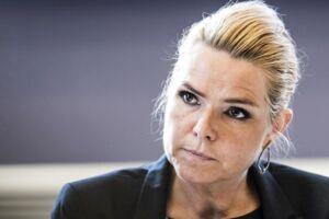 Inger Støjberg appellerer til alle medier om at bringe Muhammed-tegningerne.