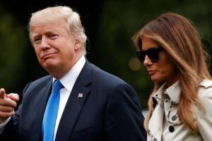 En Twitter-bruger satte spørgsmålstegn ved, om det er Melania Trump eller en dobbeltgænger på billedet. Det fik hurtigt vilde konspirationsteorier til at florere på nettet.
