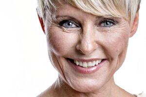 Line Baun Danielsen er en dansk autodidakt journalist, studievært og fhv. ishockeyspiller.