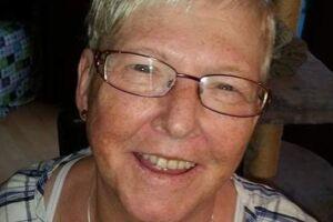 67-årige Lykka Gosch døde efter en indlæggelse på Aabenraa Sygehus efter en operation i maven. Patienterstatningen har vurderet, at det var lægernes manglende behandling under hendes indlæggelse, der med overvejende sandsynlig var årsag til hendes død.