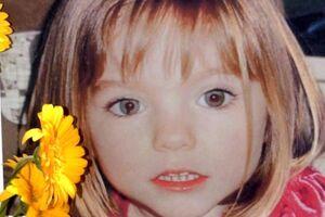 Et billede af den dengang tre-årige britiske pige Madeleine McCann, som er taget få dage før, hun forsvandt fra sine forældres ferielejlighed på den portugisiske Algarve-kyst. Nu er politiet på sporet af en bulgarsk kvinde, som sættes i forbindelse med sagen.