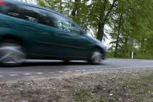 En fartglad bilist kørte mandag hele 148 km/t i en 60 km/t-zone. Der er ikke en eneste vej i hele Danmark, hvor den fart er tilladt.