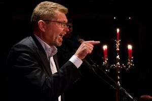 Den netop genvalgte overborgmester Frank Jensen får skarp kritik for at give sine ansatte mundkurv på.
