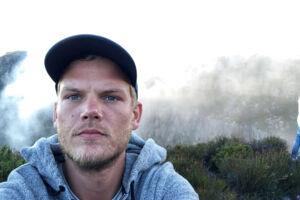 Tim Bergling, kendt som Avicii, er død. Han blev 28 år.