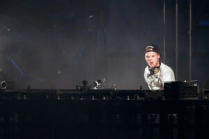 Swedish musician, DJ, remixer and record producer Avicii (Tim Bergling) performs at the Summerburst music festival at Ullevi stadium in Gothenburg, Sweden May 30, 2015. Picture taken May 30, 2015. Bjorn Larsson Rosvall /TT News Agency/via REUTERS ATTENTION EDITORS - THIS IMAGE WAS PROVIDED BY A THIRD PARTY. SWEDEN OUT.