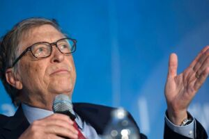 Bill Gates kritiserer præsident Donald Trump. / AFP PHOTO / ANDREW CABALLERO-REYNOLDS