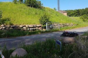 En ung mand mistede tirsdag morgen livet ved en ulykke på køreteknisk anlæg i Frederikssund.