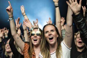 Her står to piger og fyrer den af til Suspekt koncert på sidste års udgave af Northside Festival i Aarhus, der altså risikerer at blive ramt af forbudet.