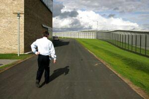 Arkivfoto af fængselsbetjent.