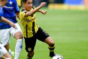 Emre Mor i aktion for Dortmund.