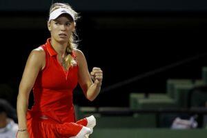 Wozniacki vinder sikkert 6-1, 6-2 over den amerikanske kvalifikationsspiller Varvara Lepchenko.