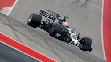 Kevin Magnussen (bill.) var også hurtigere end Romain Grosjean i anden træning i Austin.