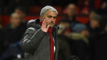 Manchester Uniteds potugiske manager Jose Mourinho under Stoke kampen