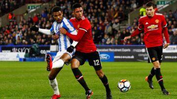 Forsvareren Chris Smalling (12) er upopulær hos Manchester Uniteds fans.