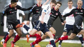 Kampen var den eneste af de syv Superliga-kampe, der endte uden mål.