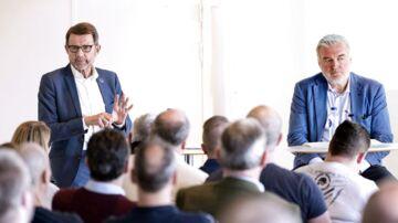 Helge Sander og Lars Seier Christensen har i denne uge været til en afgørende eksamen med Formel 1s banefolk i København.