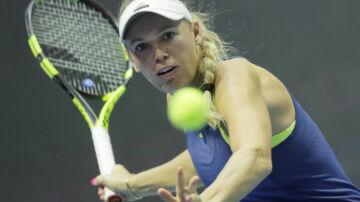 Caroline Wozniacki skal fredag spille kvartfinale mod franske Pauline Parmentier. Scanpix/Dmitri Lovetsky