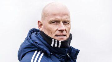 FC Københavns manager, Ståle Solbakken, er ærgerlig over, at forsvarsprofilen Erik Johansson vil hjem til Sverige.