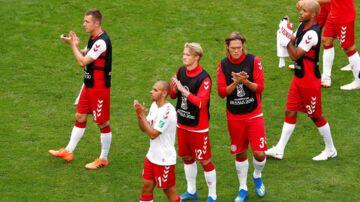 Danske spillere takker fansene. Men ikke nok åbenbart.