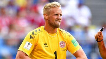 Kasper Schmeichel i kampen mod Australien.
