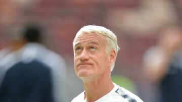 Didier Deschamps under Frankrigs træningpå Luzhniki Stadium.