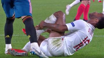 Sergio Ramos stemplede i gårsdagens kamp Raheem Sterling på benet - men slap for kort.