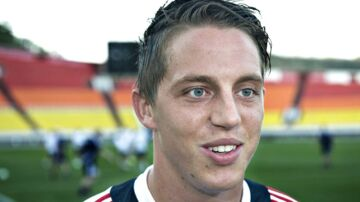 Nicki Billes klub, Lyngby, ønsker at ophæve kontrakten, efter han mandag er blevet anholdt i København.