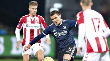 FCK's Andreas Bjelland i Superliga-kampen mellem AaB og FC København.