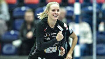 København Håndbolds Anne Cecilie la Cour jubler over en scoring i pokalsemifinalen mod Aarhus United i Jyske Arena i Silkeborg 29. december 2017.