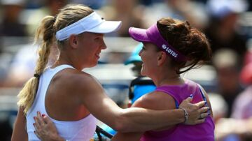 TORONTO, ON - AUGUST 10: Caroline Wozniacki of Denmark hugs Agnieszka Radwanska of Poland after their match during Day 6 of the Rogers Cup at Aviva Centre on August 10, 2017 in Toronto, Canada. Vaughn Ridley/Getty Images/AFP == FOR NEWSPAPERS, INTERNET, TELCOS & TELEVISION USE ONLY ==