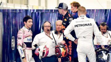 Esteban Ocon og Max Verstappen krydsede klinger efter Brasiliens Grand Prix. De to kørere stødte sammen under løbet, da Ocon forsøgte at overhale hollænderen, og Verstappen reagerede hidsigt efter løbet ved at skubbe til sin konkurrent.