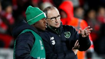 Soccer Football - UEFA Nations League - League B - Group 4 - Denmark v Republic of Ireland - Ceres Park, Aarhus, Denmark - November 19, 2018 Republic of Ireland manager Martin O'Neill speaks with Michael Obafemi Action Images via Reuters/Matthew Childs