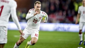 Christian Eriksen i aktion for Danmark.