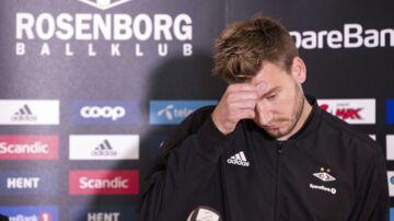 Nicklas Bendtner vil videre med sit liv. Derfor har han nu frafaldet sin anke i den voldssag, der i starten af måneden gav ham 50 dages fængsel.