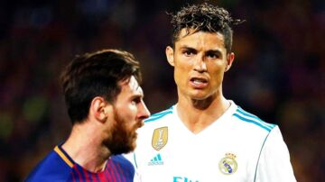 epa06715822 FC Barcelona's striker Lionel Messi (L) and Real Madrid's striker Cristiano Ronaldo (R) react during the Spanish Primera Division soccer match between FC Barcelona and Real Madrid at Camp Nou in Barcelona, Spain, 06 May 2018. EPA/ALEJANDRO GARCIA