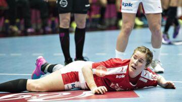 Mette Gravholt ses her i aktion for det landshold, som hun ikke længere er en del af - og som hun med egne ord heller ikke savner.